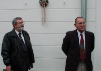 Koszorúzás Babits Mihály szülőházánál Gacsályi József és Dr. Gaál Attila (2003.11.26.)