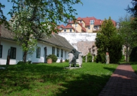 A Babits-ház kertje (2004.05.01.)