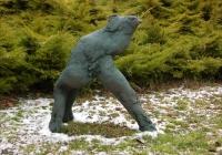 Fusz György szobra télen (2005)